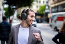 Photo of $200 Sony noise cancelling headphones are down to $98 at Amazon