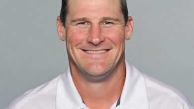 Photo of Dan Campbell Reportedly Signs 6-Year Contract to Be Lions Head Coach