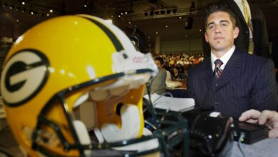 Photo of The inside story behind Aaron Rodgers' freefall at the 2005 NFL Draft
