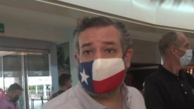 Photo of Sen. Ted Cruz facing backlash after Cancun trip amid Texas crisis