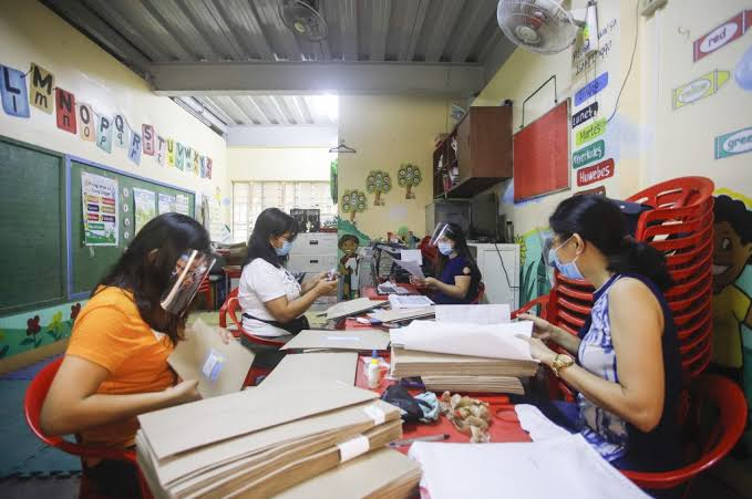 DepEd urged to release data on COVID-19, provide assistance to affected personnel