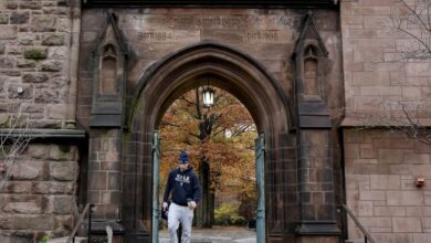 Photo of U.S. agents arrest man accused of killing Yale student By Reuters