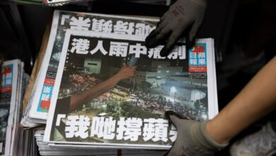 Photo of HK police arrest another Apple Daily editor under security law